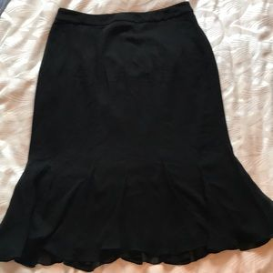 Tadashi Collection black silk lined gored skirt